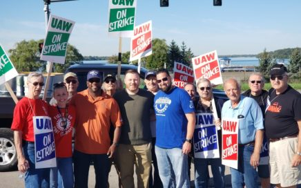 In Solidarity with UAW's Striking GM Workers